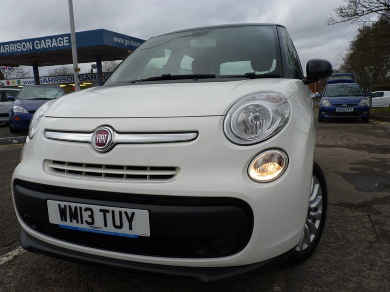 used Fiat 500L MULTIJET POP STAR in hampshire-and-surrey