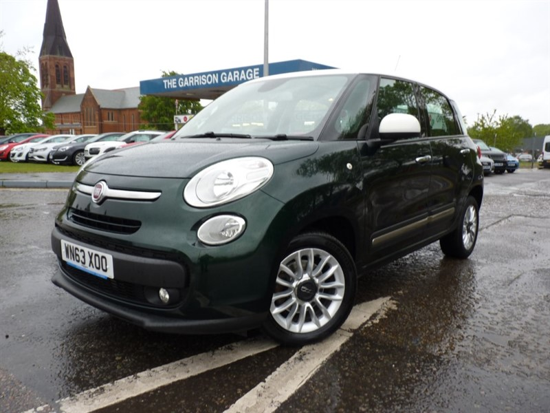 used Fiat 500L MULTIJET LOUNGE in hampshire-and-surrey
