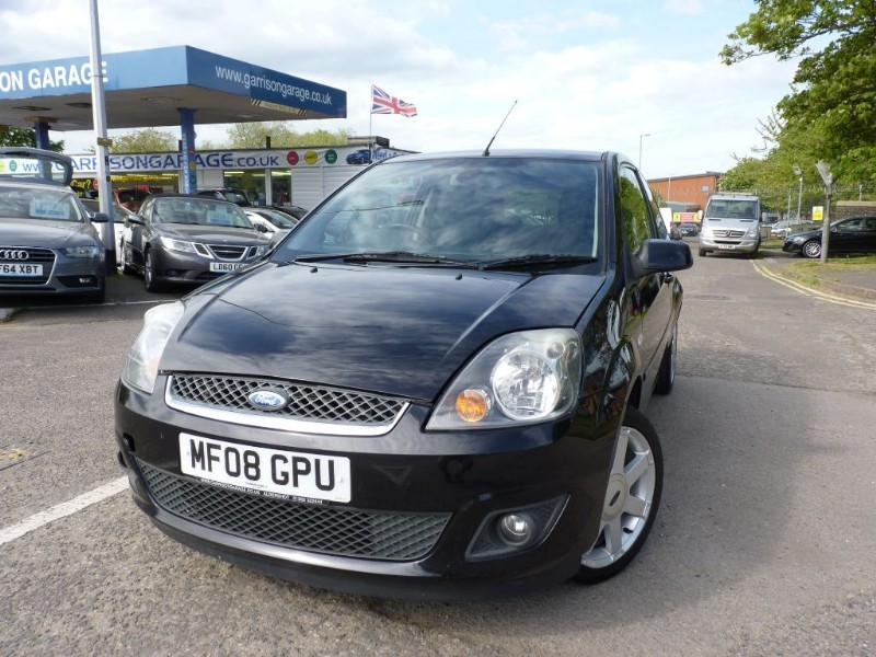 used Ford Fiesta ZETEC CLIMATE 16V in hampshire-and-surrey
