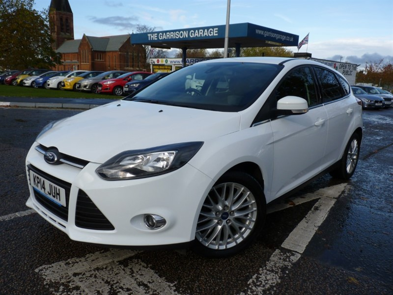 used Ford Focus ZETEC NAVIGATOR TDCI in hampshire-and-surrey