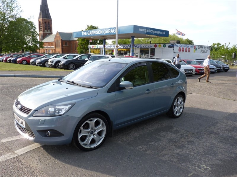 used Ford Focus TITANIUM in hampshire-and-surrey