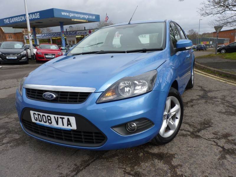 used Ford Focus ZETEC in hampshire-and-surrey