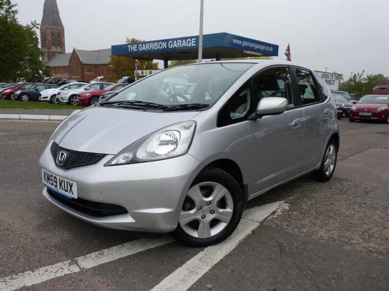 used Honda Jazz I-VTEC ES in hampshire-and-surrey