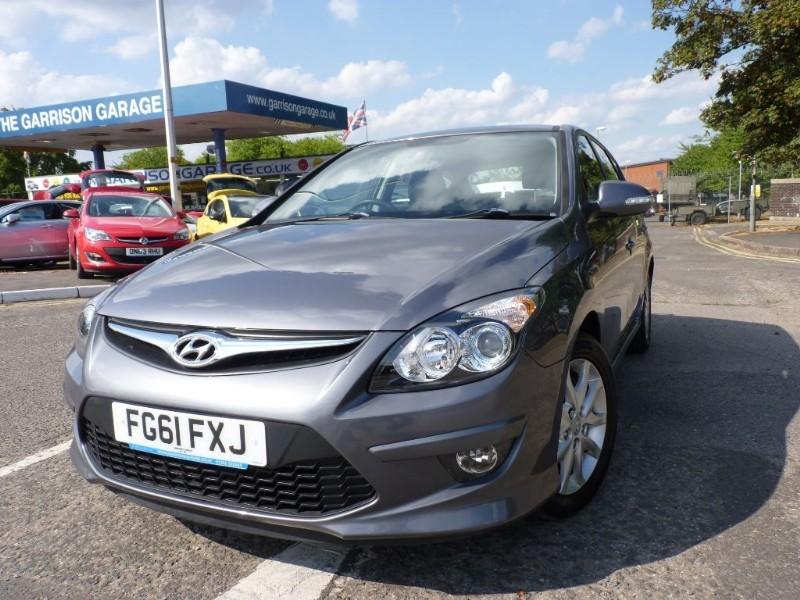 used Hyundai i30 COMFORT in hampshire-and-surrey