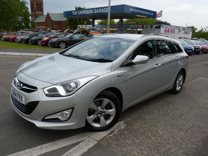 used Hyundai i40 CRDI ACTIVE BLUE DRIVE in hampshire-and-surrey