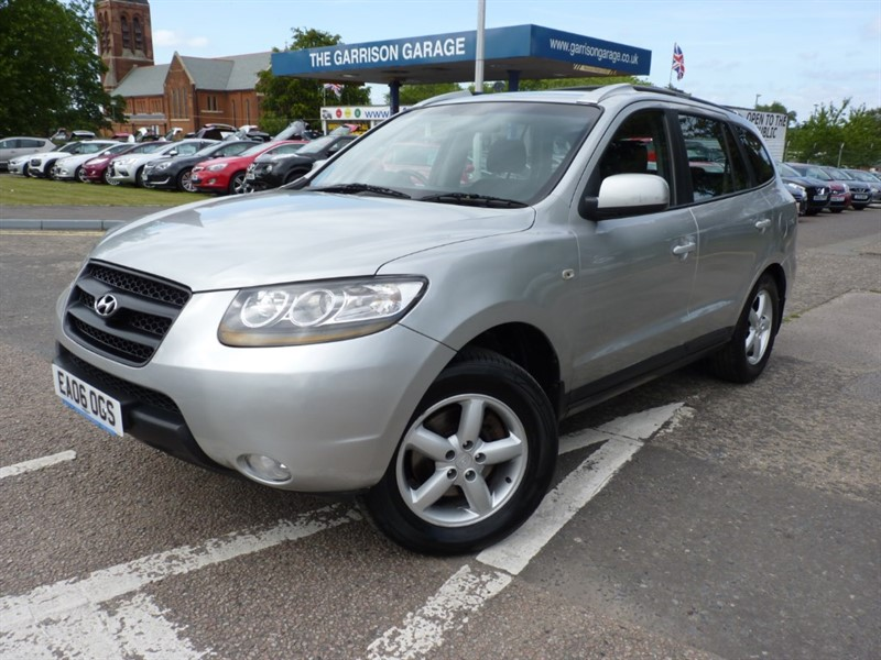 used Hyundai Santa Fe CRTD GSI 7STR in hampshire-and-surrey