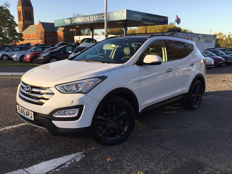 used Hyundai Santa Fe CRDI PREMIUM SE in hampshire-and-surrey