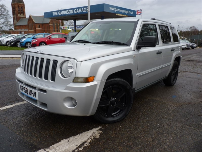 used Jeep Patriot LIMITED CRD in hampshire-and-surrey