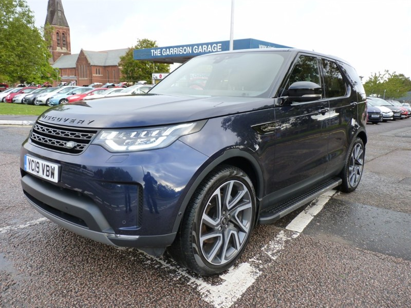 used Land Rover Discovery SDV6 COMMERCIAL HSE in hampshire-and-surrey