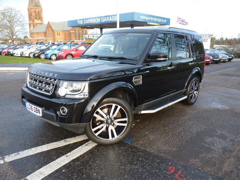 used Land Rover Discovery SDV6 COMMERCIAL SE in hampshire-and-surrey