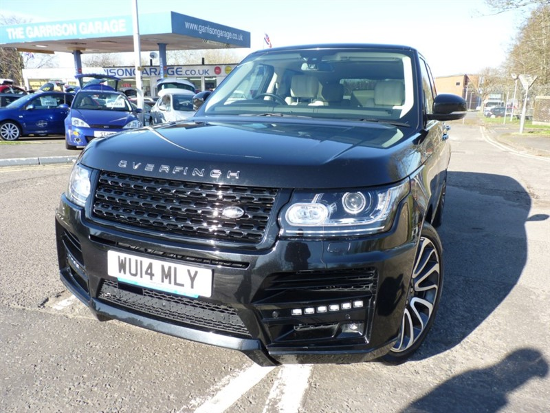 used Land Rover Range Rover SDV8 VOGUE SE in hampshire-and-surrey