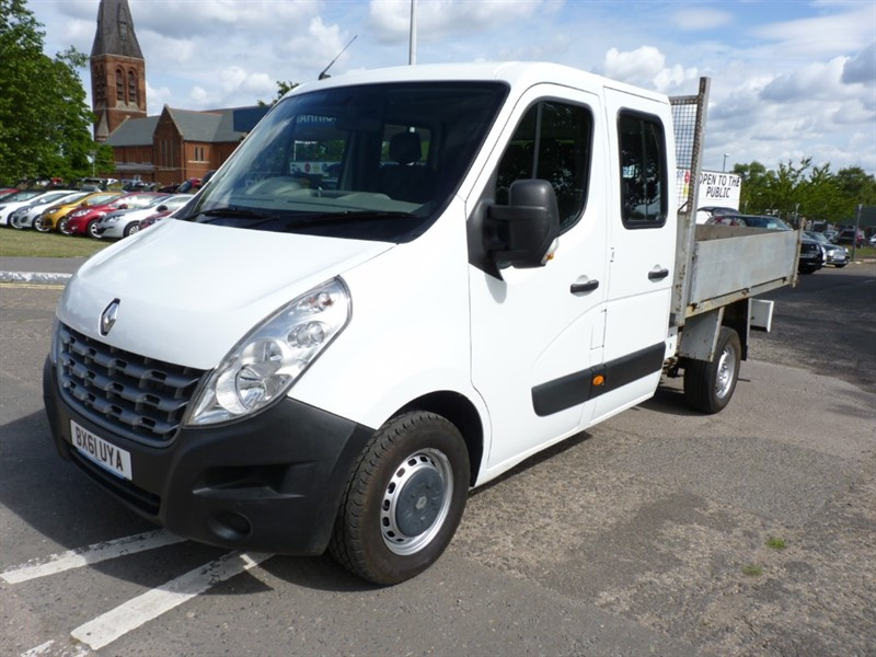 used Renault Master 125.35 L3H1 D/C in hampshire-and-surrey
