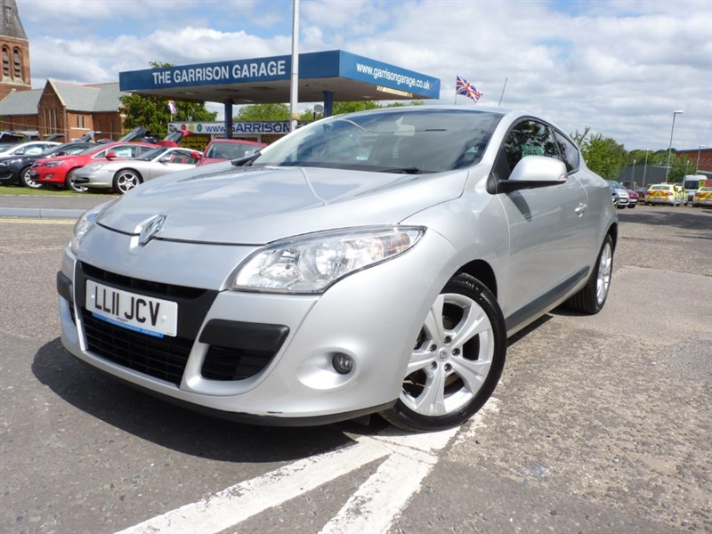used Renault Megane DYNAMIQUE TOMTOM DCI ECO in hampshire-and-surrey