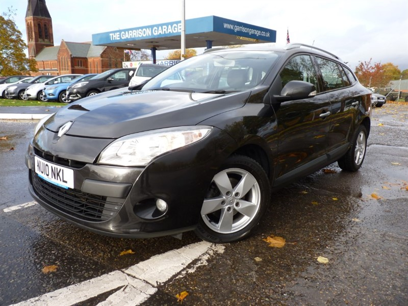 used Renault Megane DYNAMIQUE TOMTOM DCI in hampshire-and-surrey