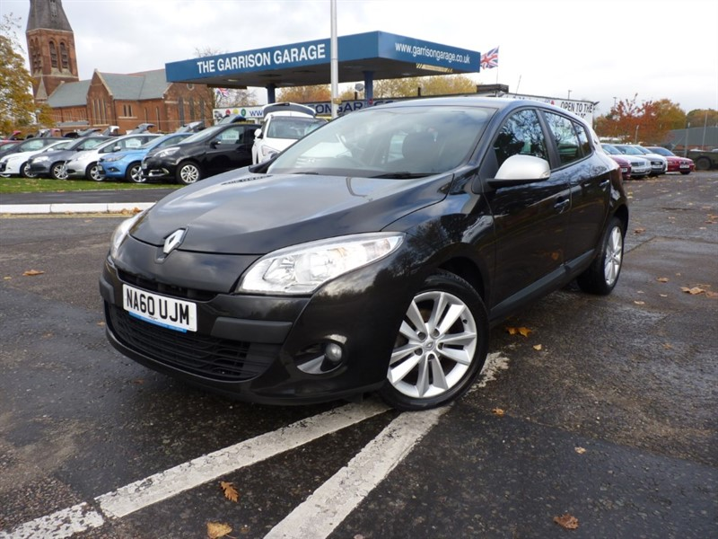used Renault Megane I-MUSIC VVT in hampshire-and-surrey