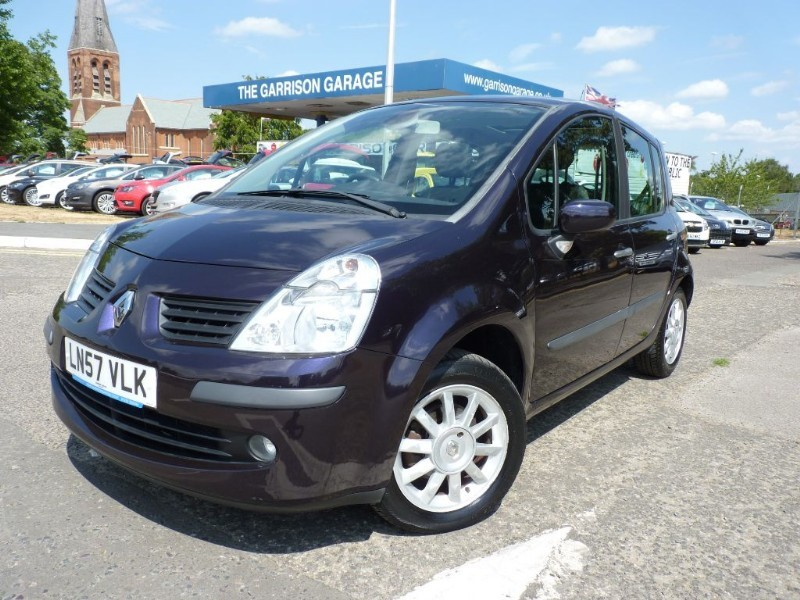 used Renault Modus DYNAMIQUE S VVT in hampshire-and-surrey