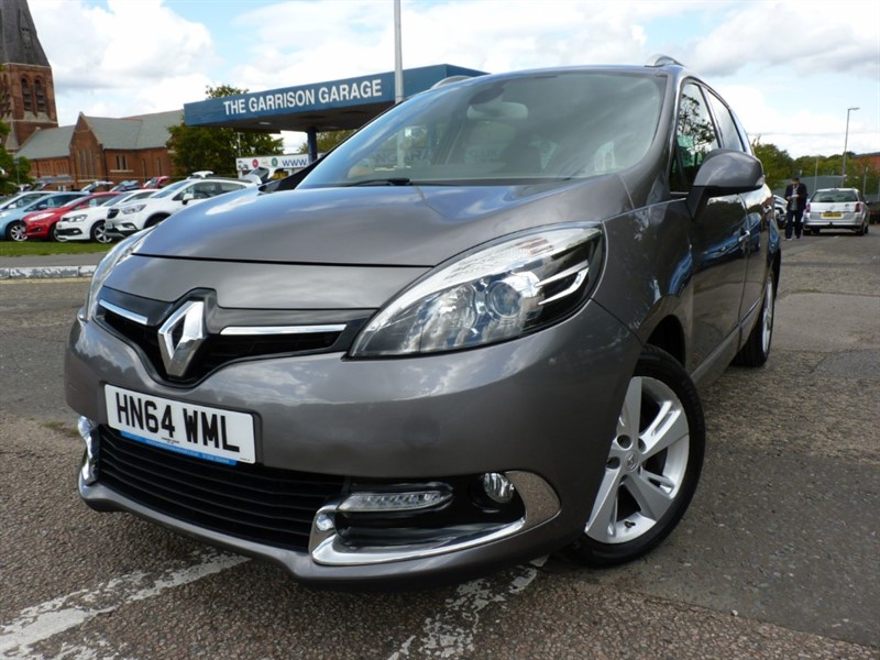 used Renault Scenic GRAND DYNAMIQUE TOMTOM ENERGY DCI S/S in hampshire-and-surrey