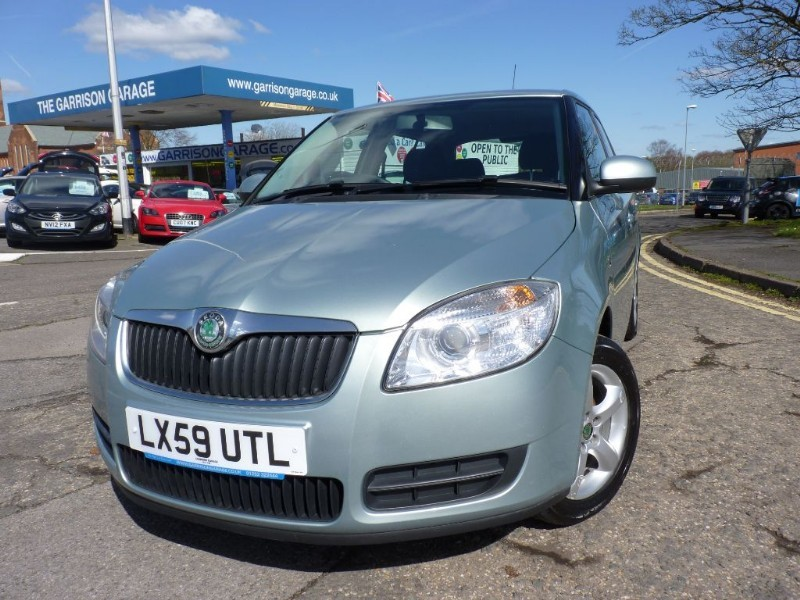 used Skoda Fabia LEVEL 2 HTP in hampshire-and-surrey