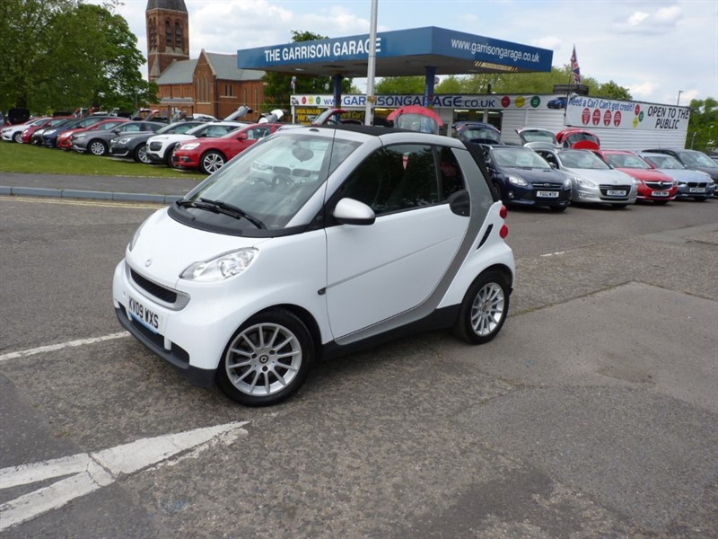 used Smart Car Fortwo Cabrio PASSION MHD in hampshire-and-surrey