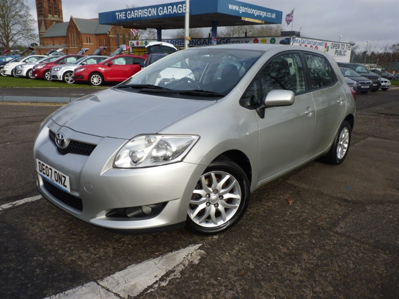 used Toyota Auris T3 D-4D in hampshire-and-surrey