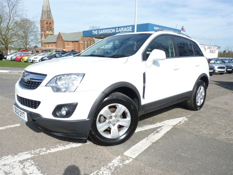 used Vauxhall Antara EXCLUSIV CDTI S/S in hampshire-and-surrey