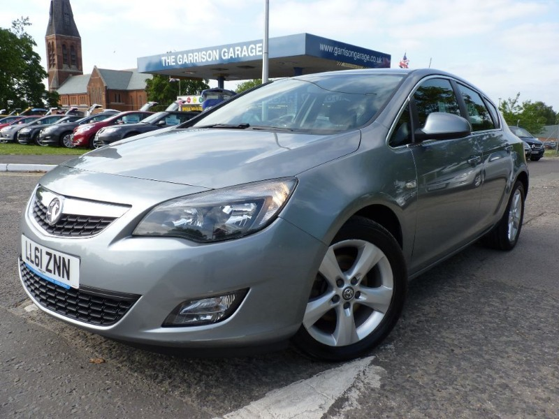 used Vauxhall Astra SRI CDTI S/S in hampshire-and-surrey