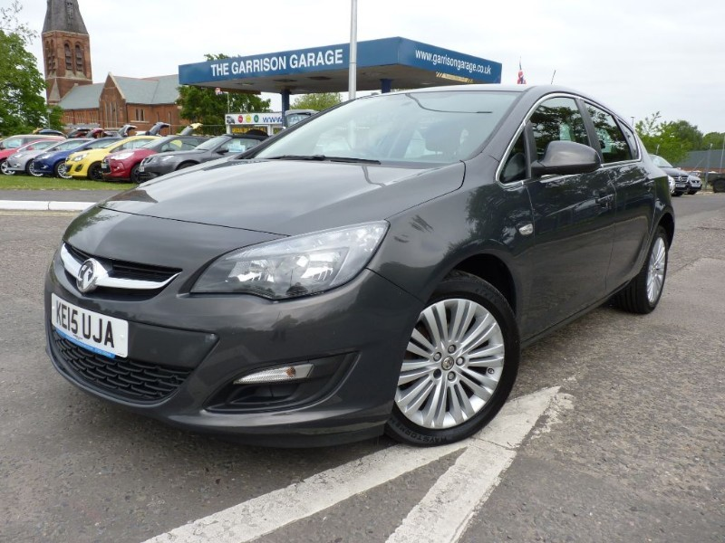 used Vauxhall Astra EXCITE in hampshire-and-surrey