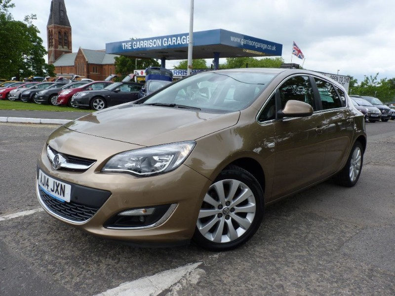 used Vauxhall Astra ELITE in hampshire-and-surrey