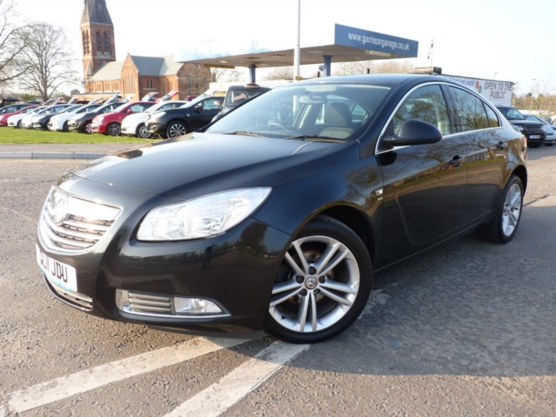 used Vauxhall Insignia SRI NAV in hampshire-and-surrey