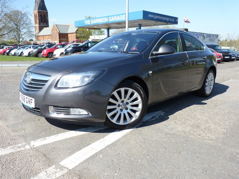 used Vauxhall Insignia ELITE NAV CDTI in hampshire-and-surrey