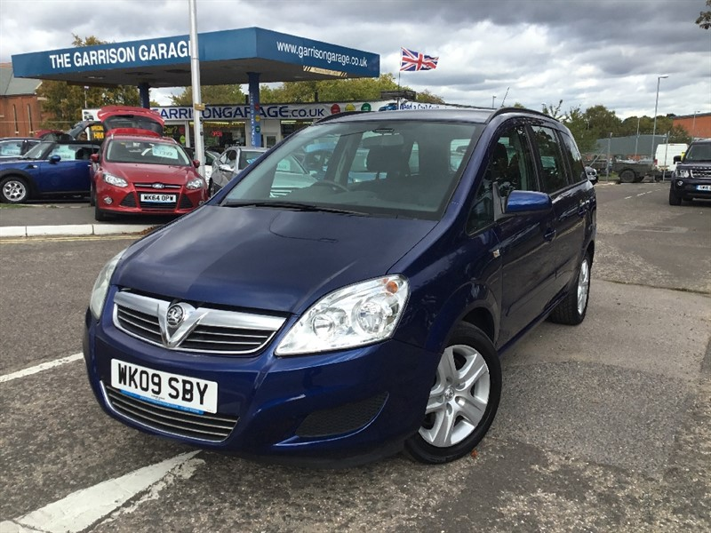 used Vauxhall Zafira EXCLUSIV CDTI in hampshire-and-surrey