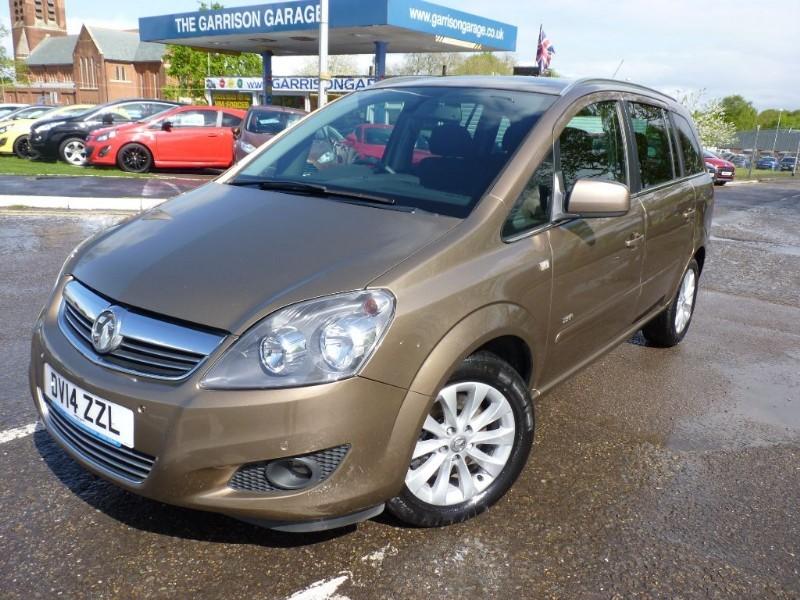 used Vauxhall Zafira DESIGN NAV CDTI ECOFLEX in hampshire-and-surrey