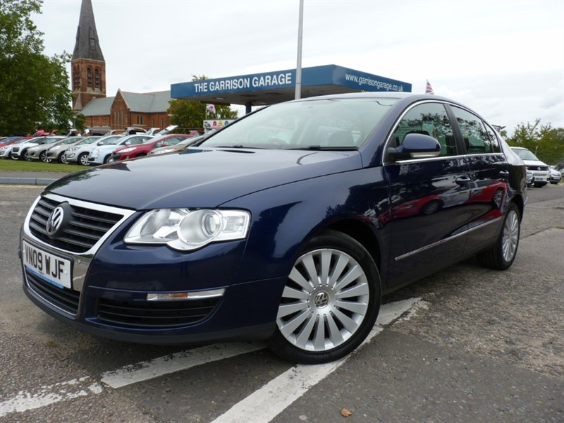 used VW Passat HIGHLINE TDI DSG in hampshire-and-surrey