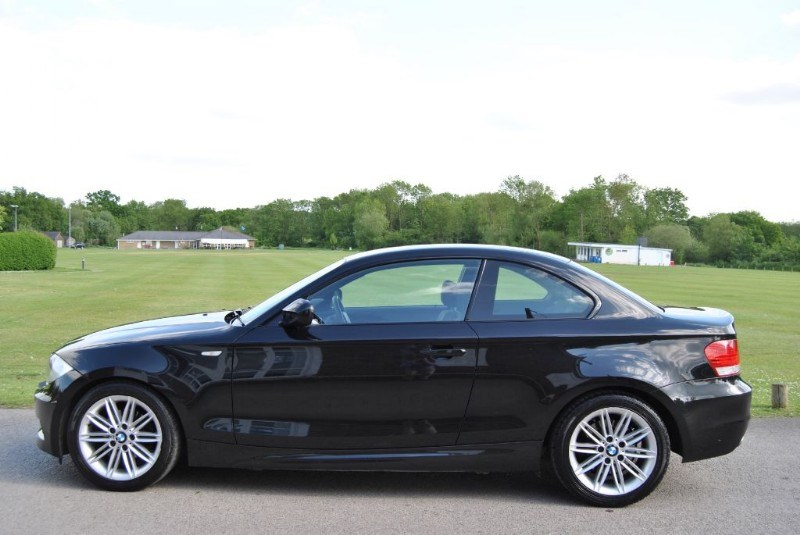 bmw 1 series 118d m sport coupe from james paul nr horsham west sussex and surrey quality. Black Bedroom Furniture Sets. Home Design Ideas