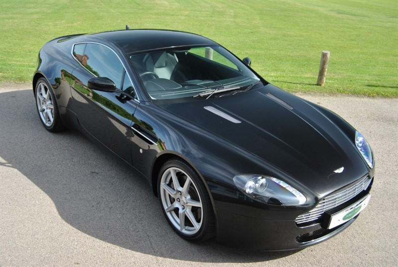 used Aston Martin Vantage V8 Vantage in west-sussex-surrey