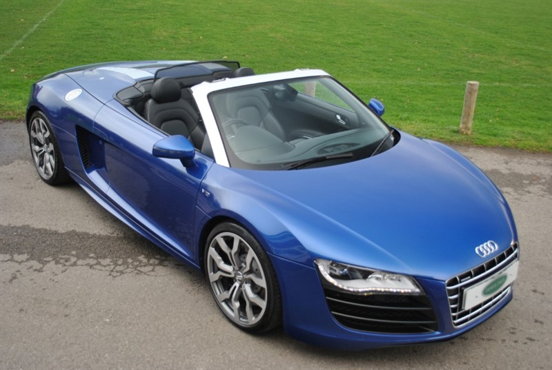 used Audi R8 SPYDER V10 QUATTRO MANUAL in west-sussex-surrey