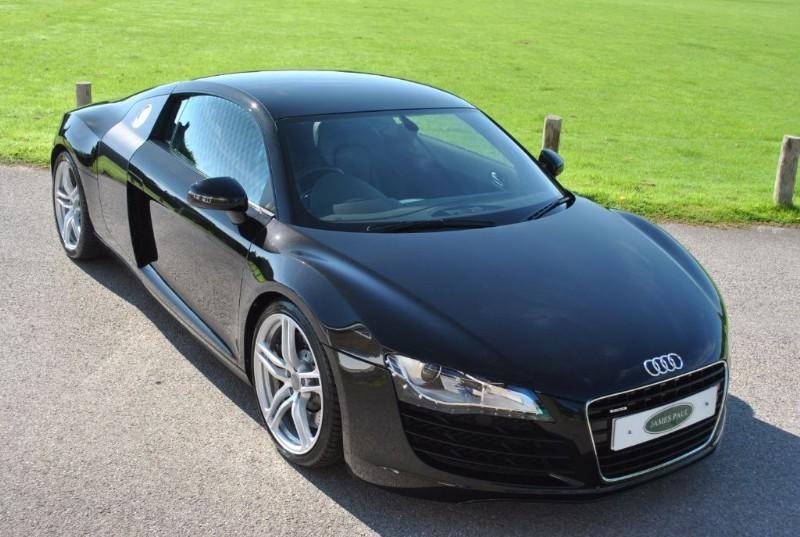 used Audi R8 4.2 FSI V8 Manual - B&O Hi Fi - Magnetic Ride in west-sussex-surrey