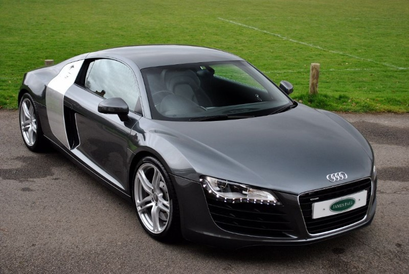 used Audi R8 4.2 FSI V8 Manual - Only 19.000 Miles in west-sussex-surrey