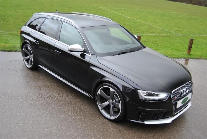 used Audi RS4 AVANT FSI QUATTRO in west-sussex-surrey