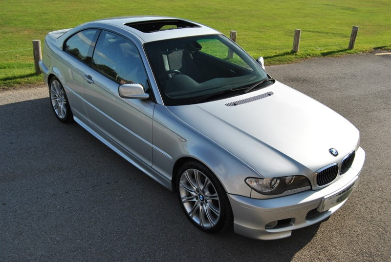 used BMW 330ci M Sport II - 6 Speed Manual in west-sussex-surrey