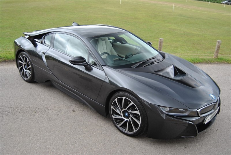 used BMW i8 Coupe in west-sussex-surrey