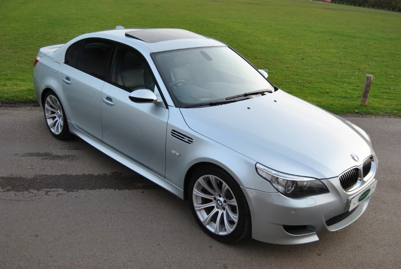 used BMW M5 V10 Saloon in west-sussex-surrey