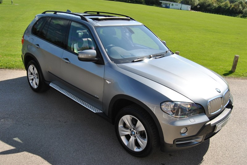 used BMW X5 4.8i - Head Up Display / 7 Seats / Pan Roof in west-sussex-surrey