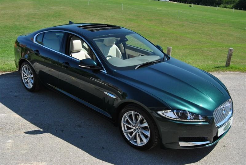 used Jaguar XF 3.0D V6 PREMIUM LUXURY in west-sussex-surrey