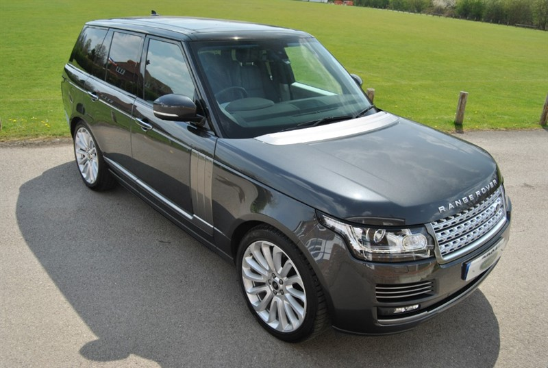 used Land Rover Range Rover 4.4 SDV8 AUTOBIOGRAPHY in west-sussex-surrey