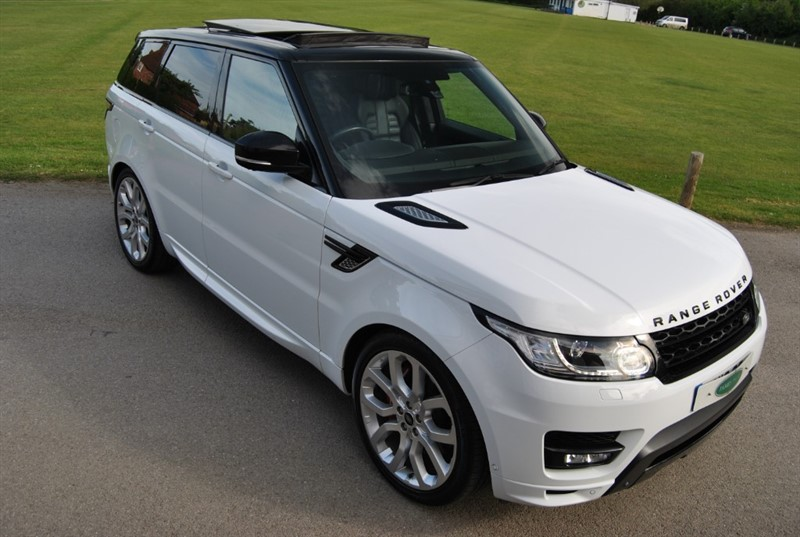 used Land Rover Range Rover Sport 4.4 SDV8 AUTOBIOGRAPHY DYNAMIC in west-sussex-surrey