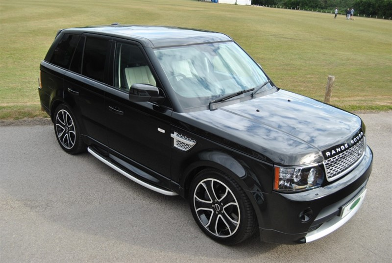 used Land Rover Range Rover Sport 5.0 S/C V8 AUTOBIOGRAPHY in west-sussex-surrey