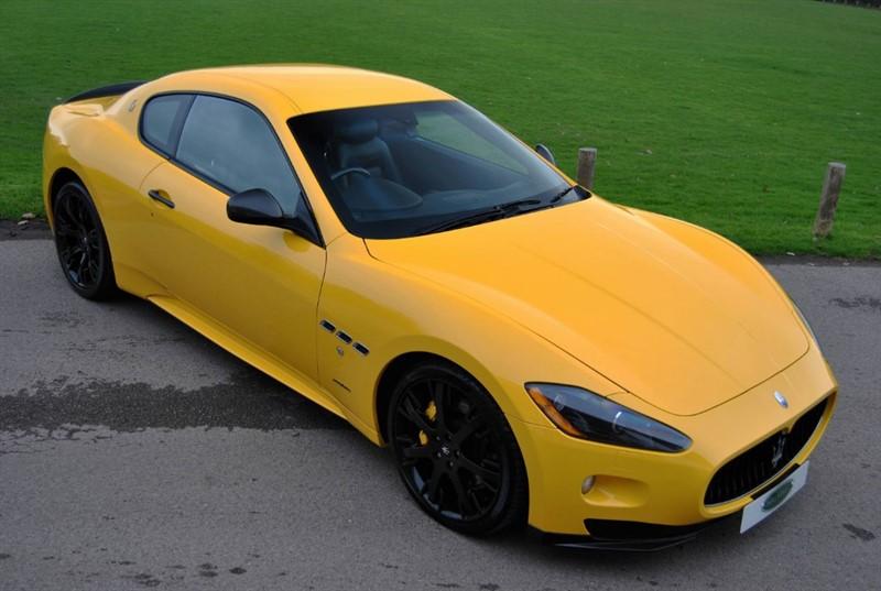 used Maserati Granturismo 4.7 V8 S - Carbon Pack in west-sussex-surrey