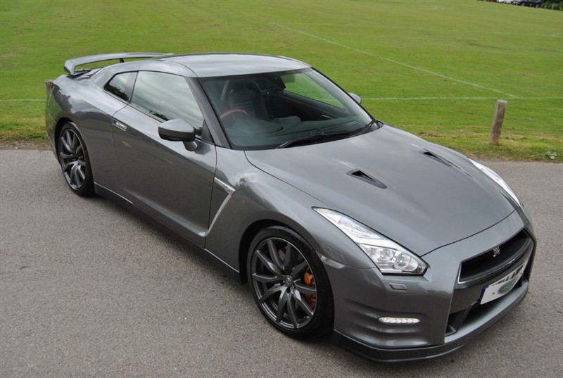 used Nissan GT-R V6 Premium Edition in west-sussex-surrey