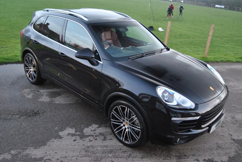 used Porsche Cayenne 4.2 D V8 S TIPTRONIC S in west-sussex-surrey